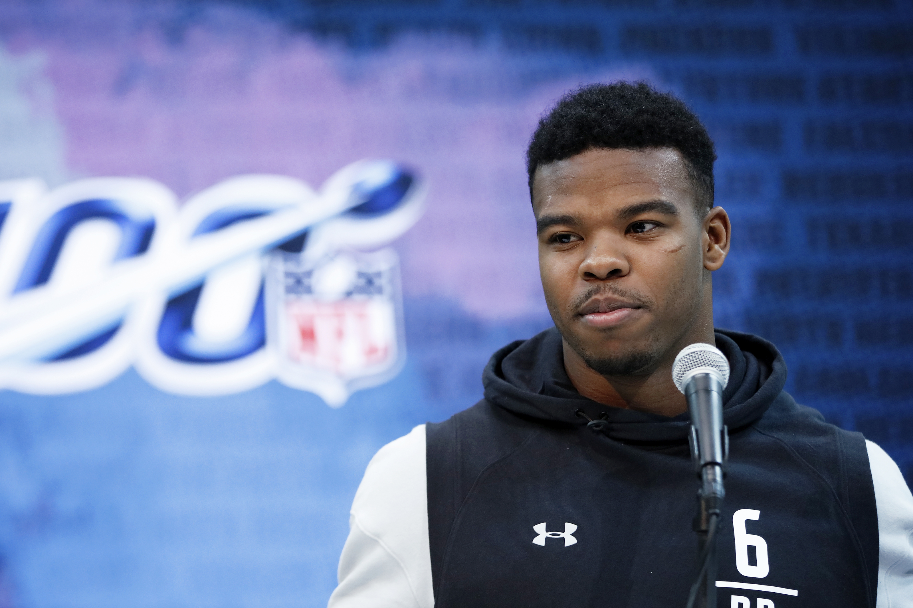 Patriots Rb Damien Harris Dealing With Hand Injury